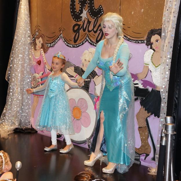 Frozen party with Elsa