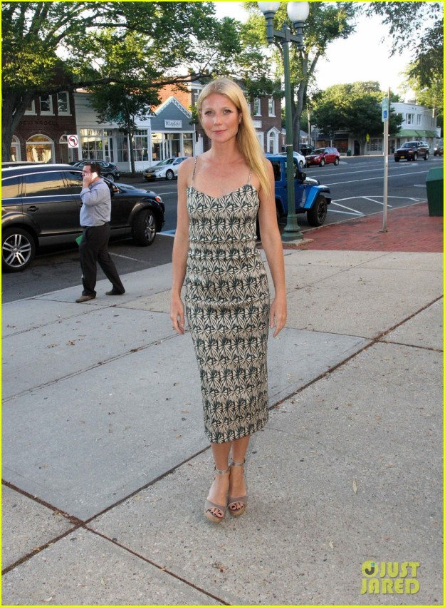 Gwyneth Paltrow Arrive At 'Hector and the Search for Happiness' Screening