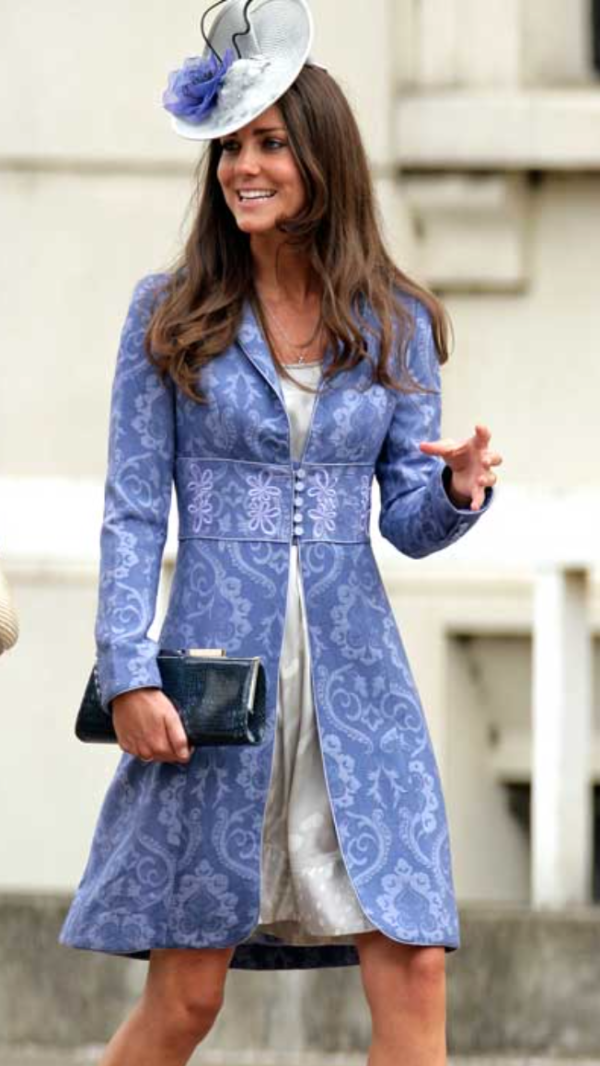 princess-kate-middleton-blue-brocade-jacket