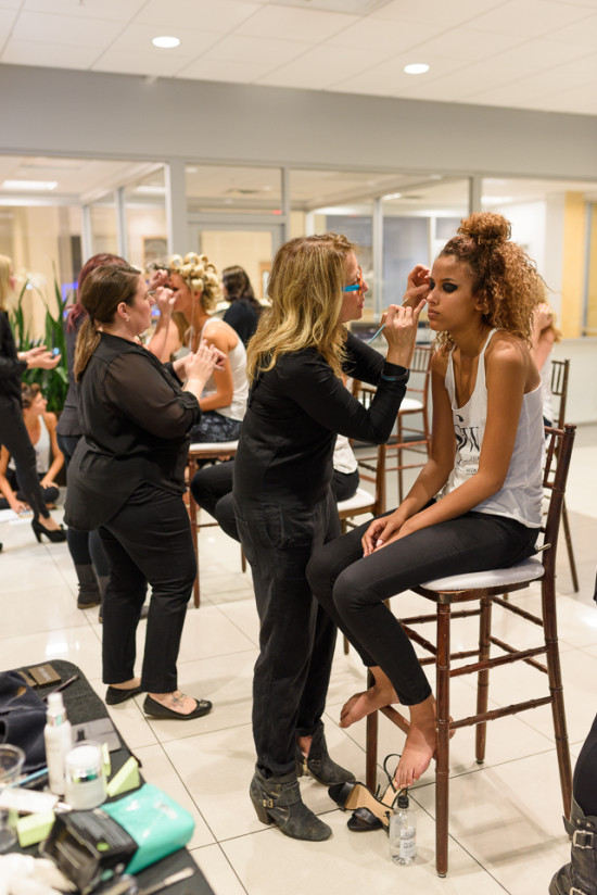 scottsdale-fashion-week-behind-the-scenes-with-glam-lounge-artists-brad-olson-photo