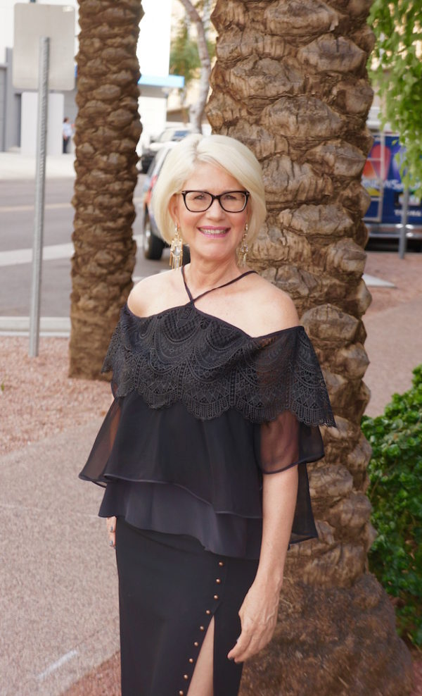 arizona-midday-off-the-shoulder-vida-moulin-mom-style-lab-how-to-wear-at-any-age